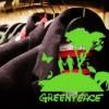 """""""Detox"""", contaminati dalla moda: Greenpeace chiede ai brand d'abbigliamento chiarezza sull'uso di sostanze chimiche"""