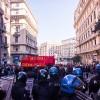 Napoli, lo sciopero generale dei collettivi, degli studenti e dei precari
