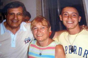 Stefano Cucchi con il padre Giovanni e la madre Rita Calore
